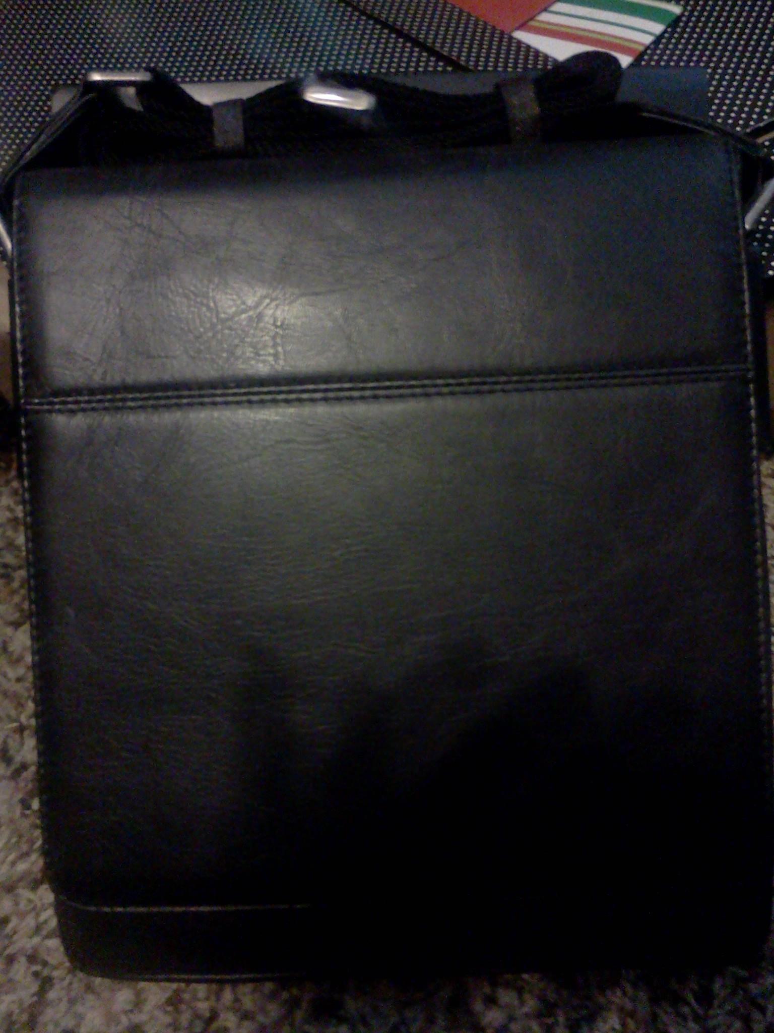 Sena iPad Messenger Bag ARV $150