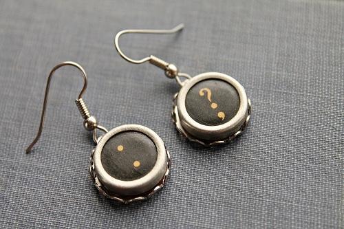 ShopwithDex.com Vintage Typewriter Key Earrings Giveaway