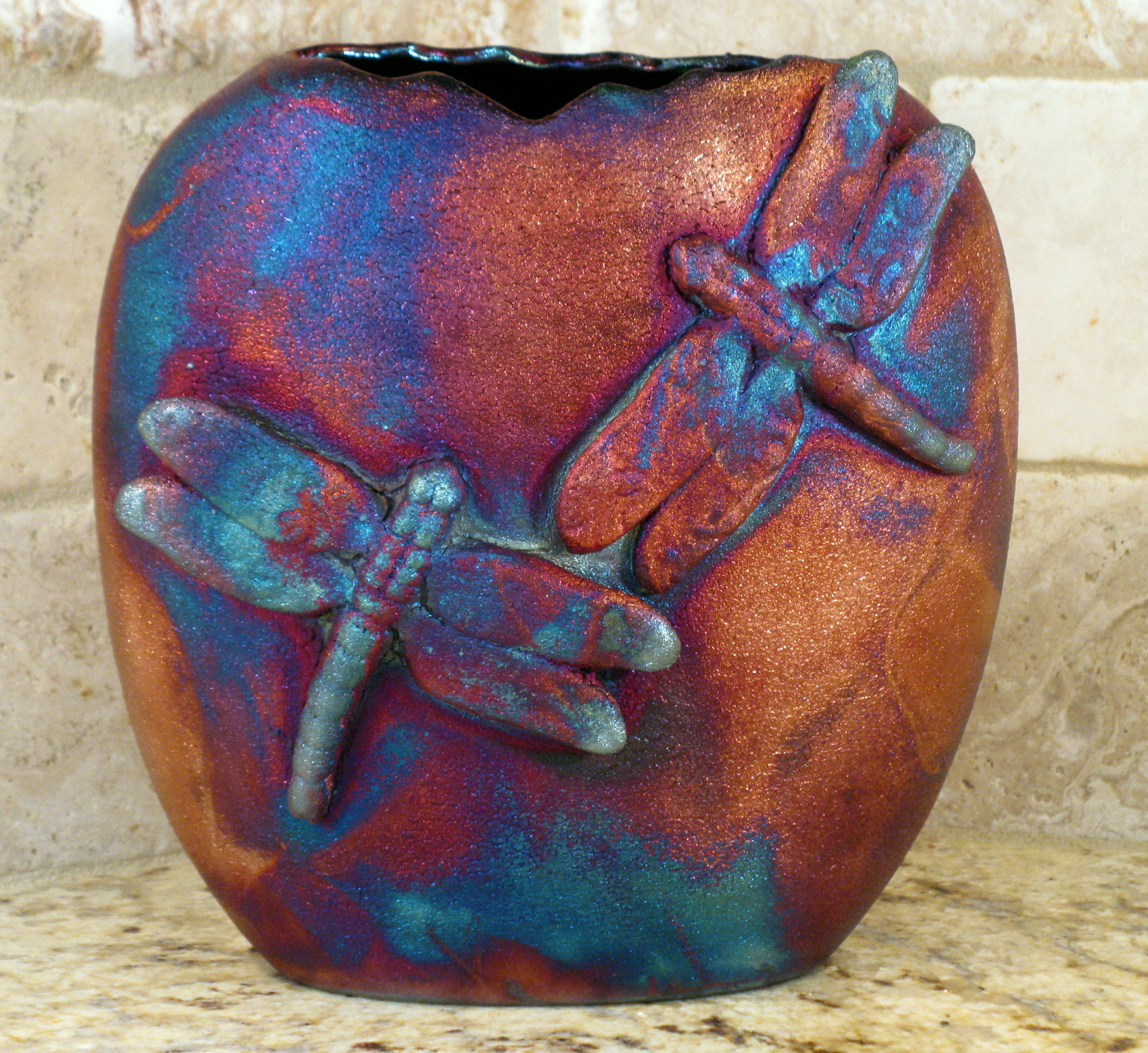 Enter to win a $50 Gift Card to LisaDPottery.com