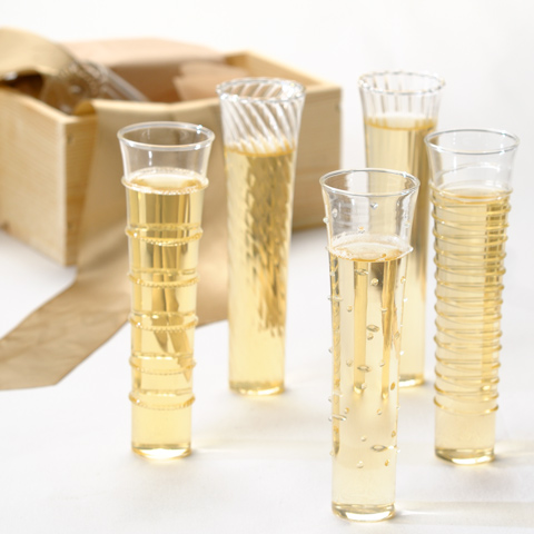 Dainty Champagne Flutes  LOW ENTRIES (ARV $78; ends 5/22)