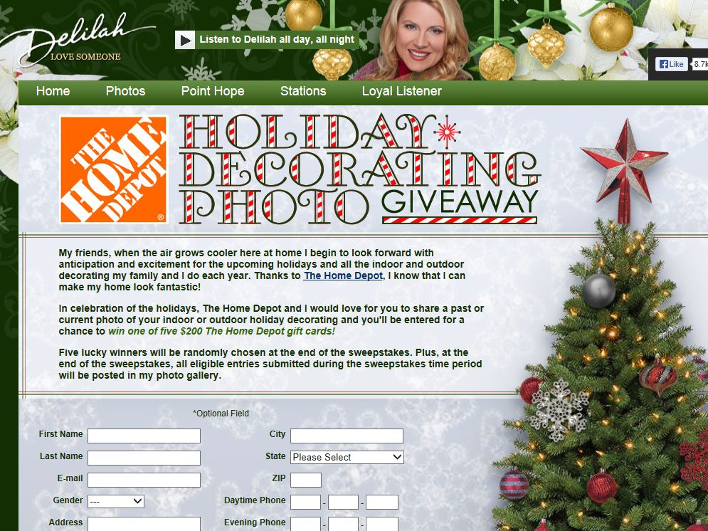 Delilah s the home depot holiday decorating photo giveaway for Home depot christmas decorations 2013