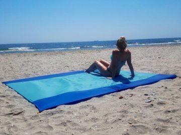 Win a SUNBLISS Outdoor Blanket