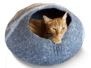 Win a Meowfia Premium Cat Cave