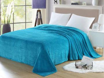 Win a HollyHOME 90×90″ Flannel Fleece Blanket