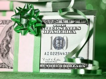 Hallmark Channel Holiday Cheer $2,500 Cash Giveaway