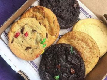 Insomnia Cookies 4 College Sweepstakes