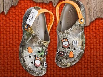 2020 Luke Combs LC2 Crocs Giveaway