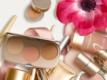 Jane Iredale Spring Into Summer Giveaway