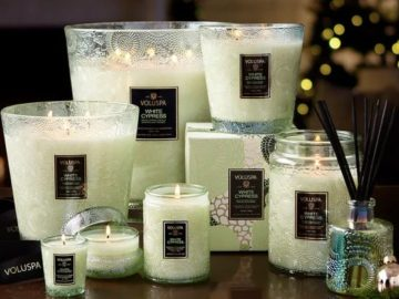 Minted Home For The Holidays Giveaway