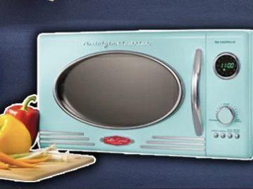 Nostalgia Retro Microwave Giveaway