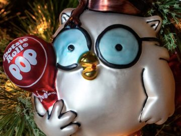 Tootsie Roll Mr. Owl Holiday Ornament Giveaway